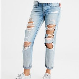 American Eagle Tomgirl Distressed Jeans